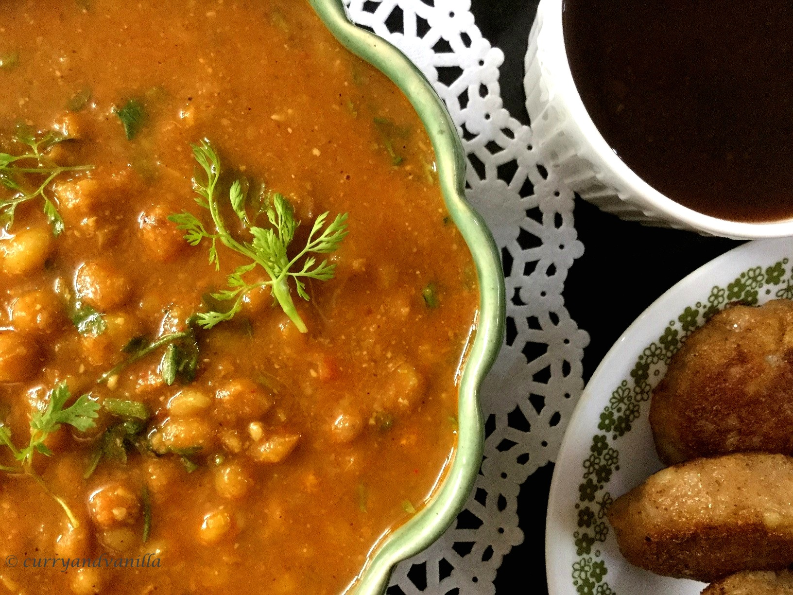 ragda patties 12 - Curry and Vanilla